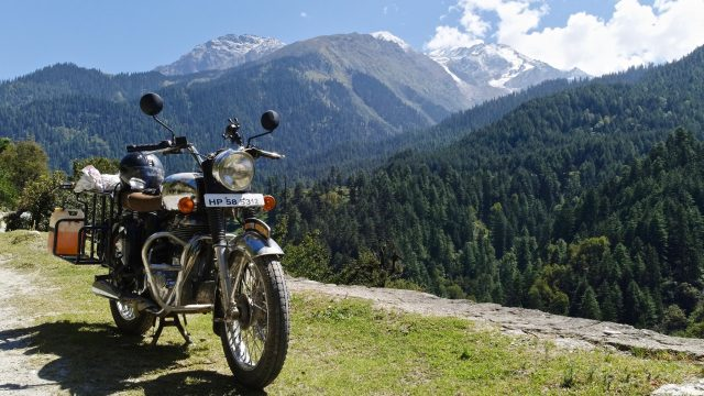 Our Royal Enfield Classic 500 in the Parvati Valley